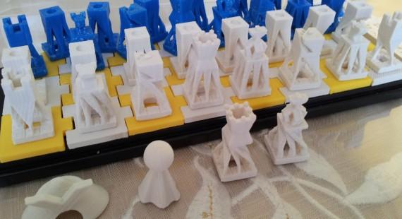 市民のための実験的な工房「ファブラボ関内」の画像