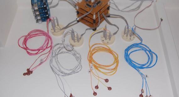 Arduinoを用いた多CH脳波計の製作の画像