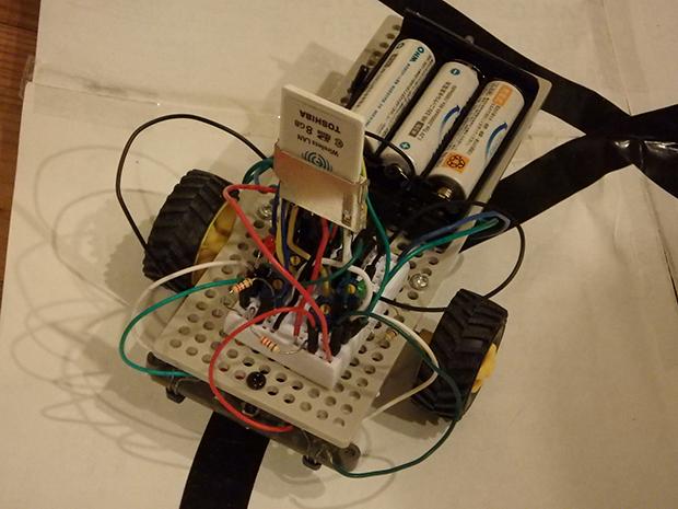 FlashAirで制御するライントレースロボットカーの画像