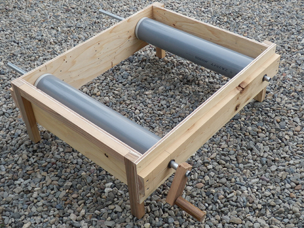 横田式手動大豆選別機の製作の画像