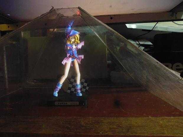 3Dホログラムのデュエルディスクの画像