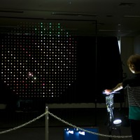 [NUC HACK]Rhizomatiks 堀宏行のインタラクティブアート『laserdrawing』