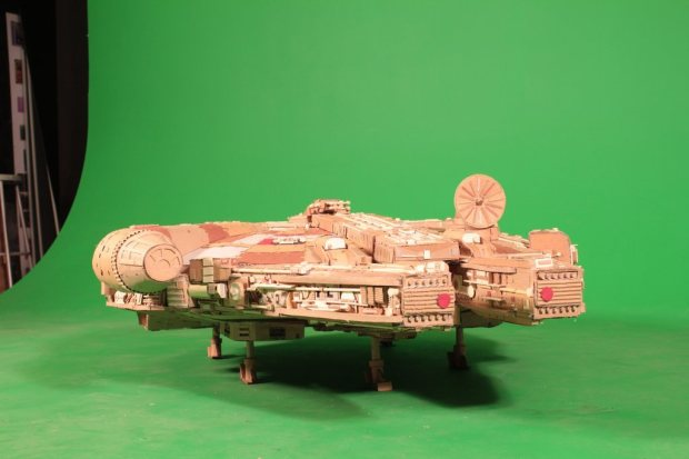bntp7wh imgur Star Wars Fan Creates Insanely Detailed Cardboard Millennium Falcon