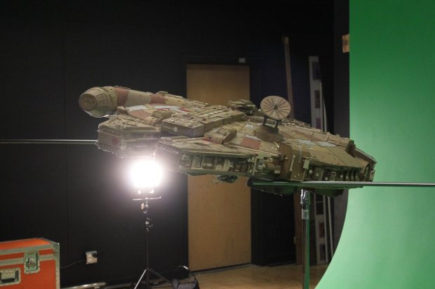 Shot the ship on a green screen set at The Columbus College of Art and Design.