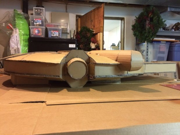 mc4cd55 imgur Star Wars Fan Creates Insanely Detailed Cardboard Millennium Falcon