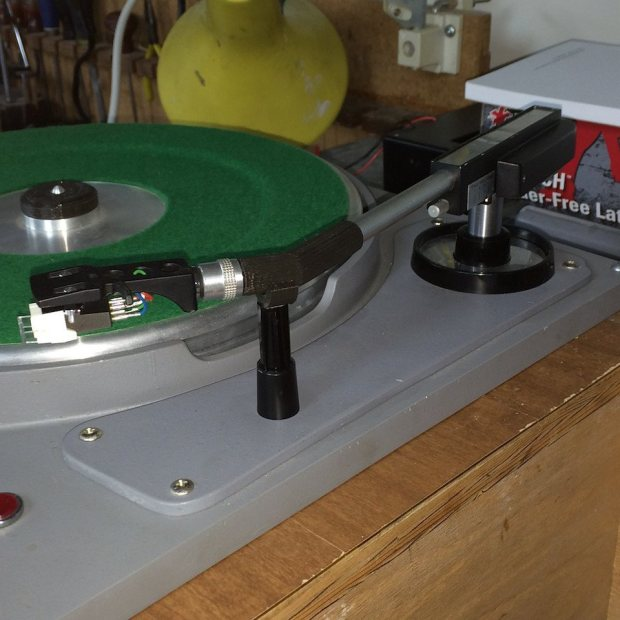4 turntable Turntable Repair with a 3D Printer