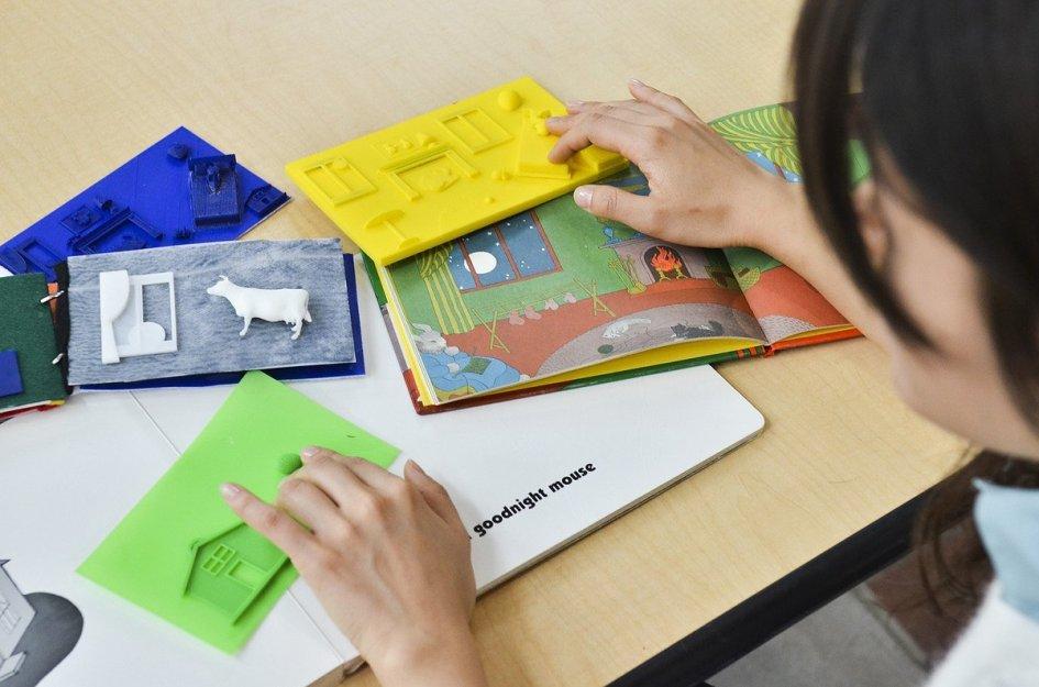 tactilepicturebooks1