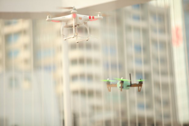 Maker-Faire-Shenzhen-2016-Drone-Combats无人机格斗赛进行中