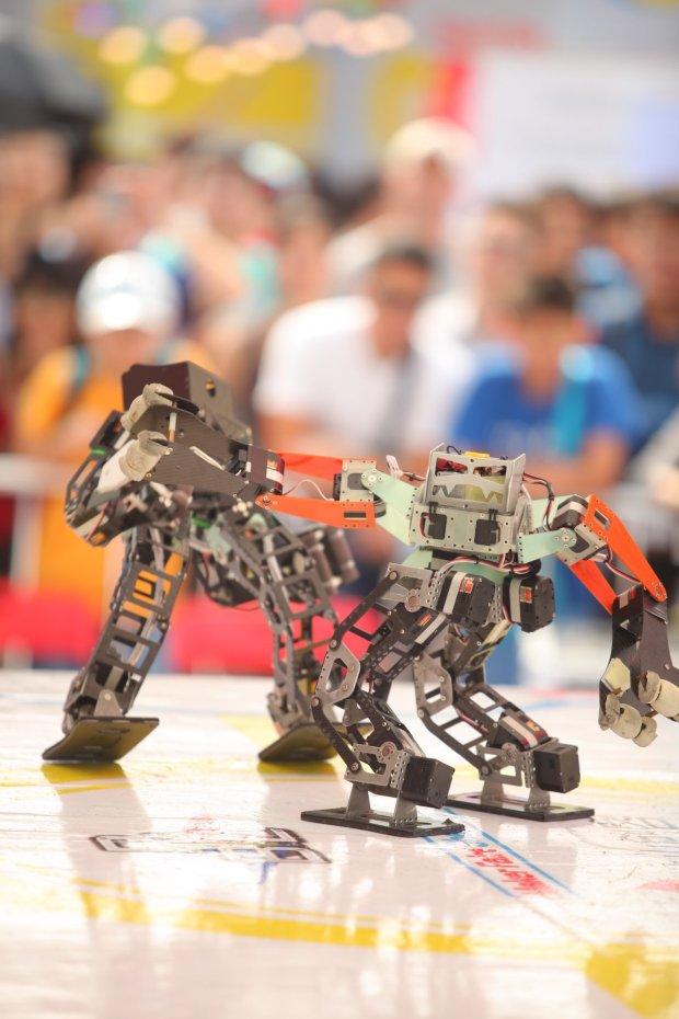 Maker-Faire-Shenzhen-2016-Robot-Combats-机器人格斗赛