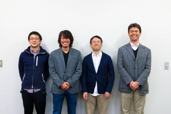 インタビューしたローランド社員の皆さん。左から渡邊正和さん、山本敬之さん、渡瀬孝雄さん、菅野修司さん
