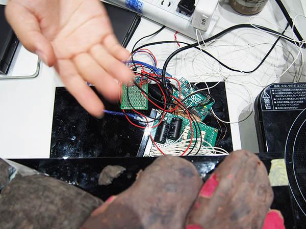 温度管理やデバイスとのやりとりをArduinoで制御